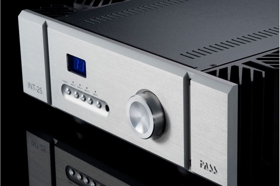 amplificatore classe A Pass Labs Int-25